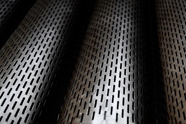 Düz Filtreli Çelik Sondaj Boruları